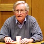Portre:    Avram Noam Chomsky
